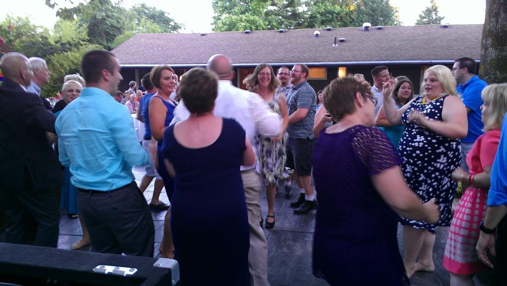 Portland Backyard Wedding