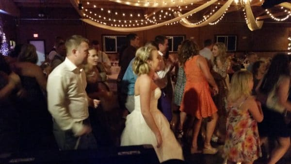 Canby Wedding Cupid Shuffle Dancing Oak View Acres