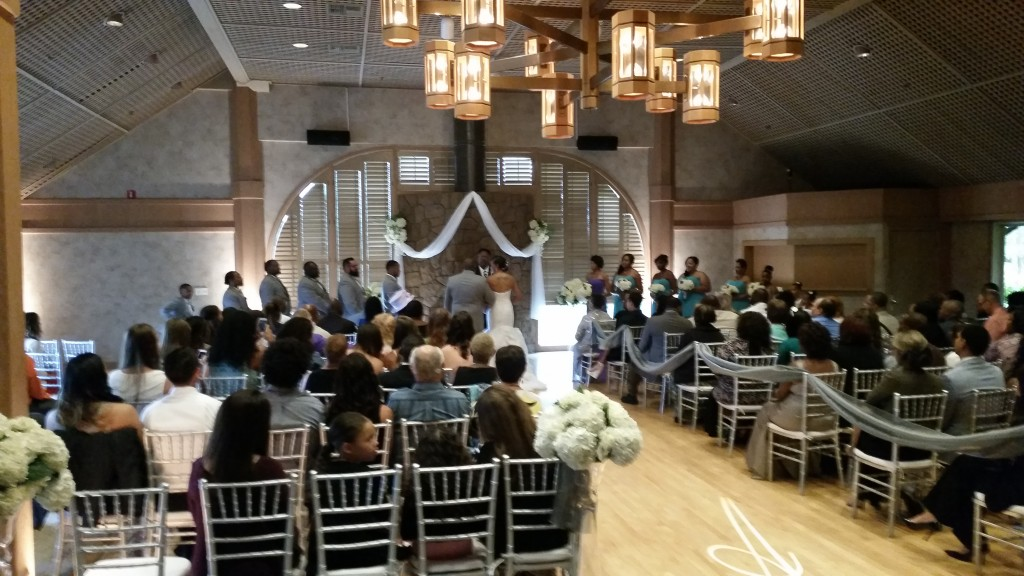 Portland Wedding DJ Edgewater Country Club Ceremony