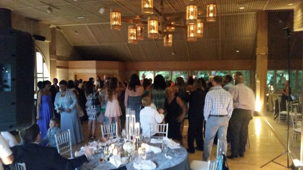 Portland Wedding DJ Edgewater Country Club Dance Floor Opens