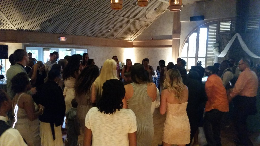 Portland Wedding DJ Edgewater Country Club Dancing