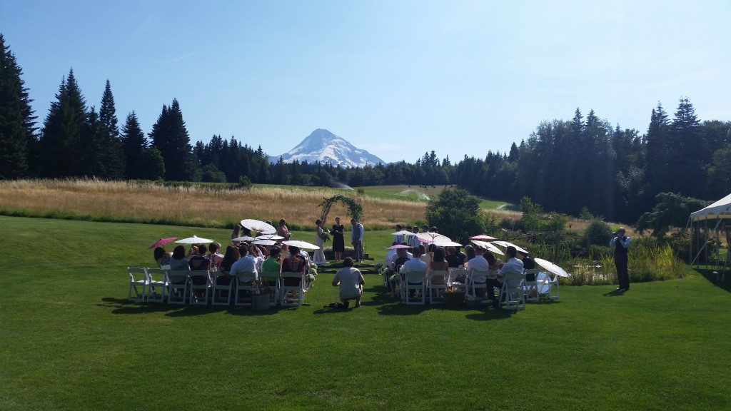 Hot Mt. Hood Wedding