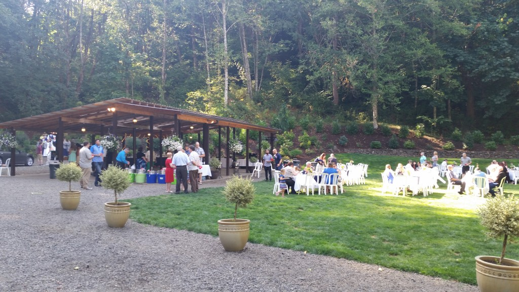 horning 39 s hideout wedding in north plains pro djs