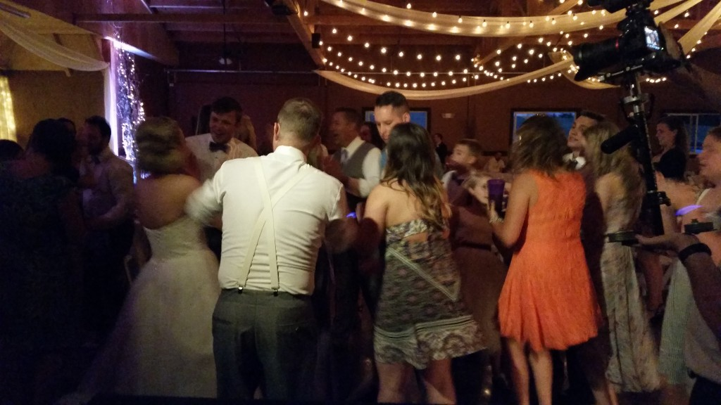Canby Wedding Dancing Oak View Acres