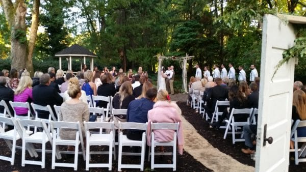 Oregon Wedding DJ At Gray Gables Estate